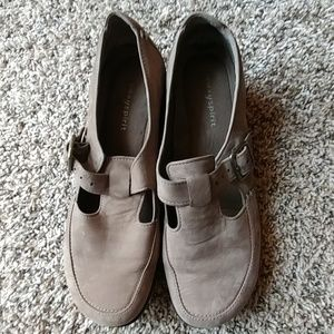 Easy spirit buckle loafers